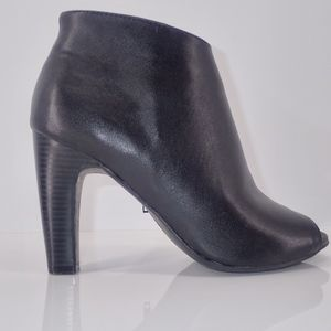 EXPRESS Women's Peep Toe Heeled Ankle Boots Black